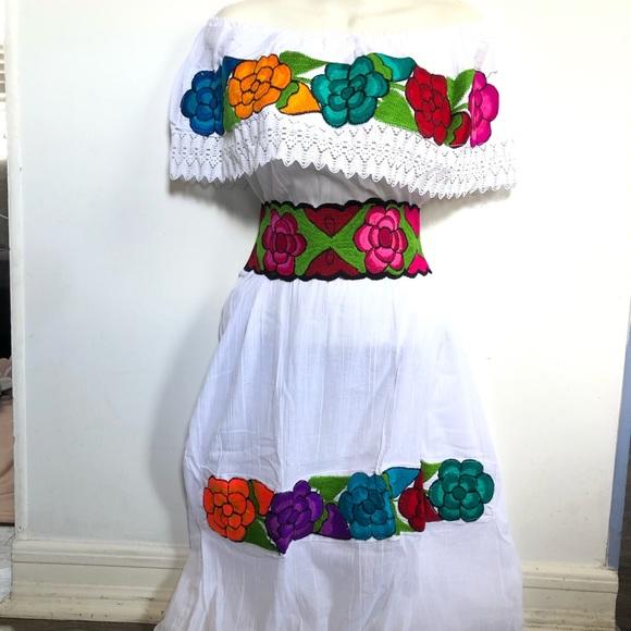 Embroidered Mexican Dress Vestido Mexicano
